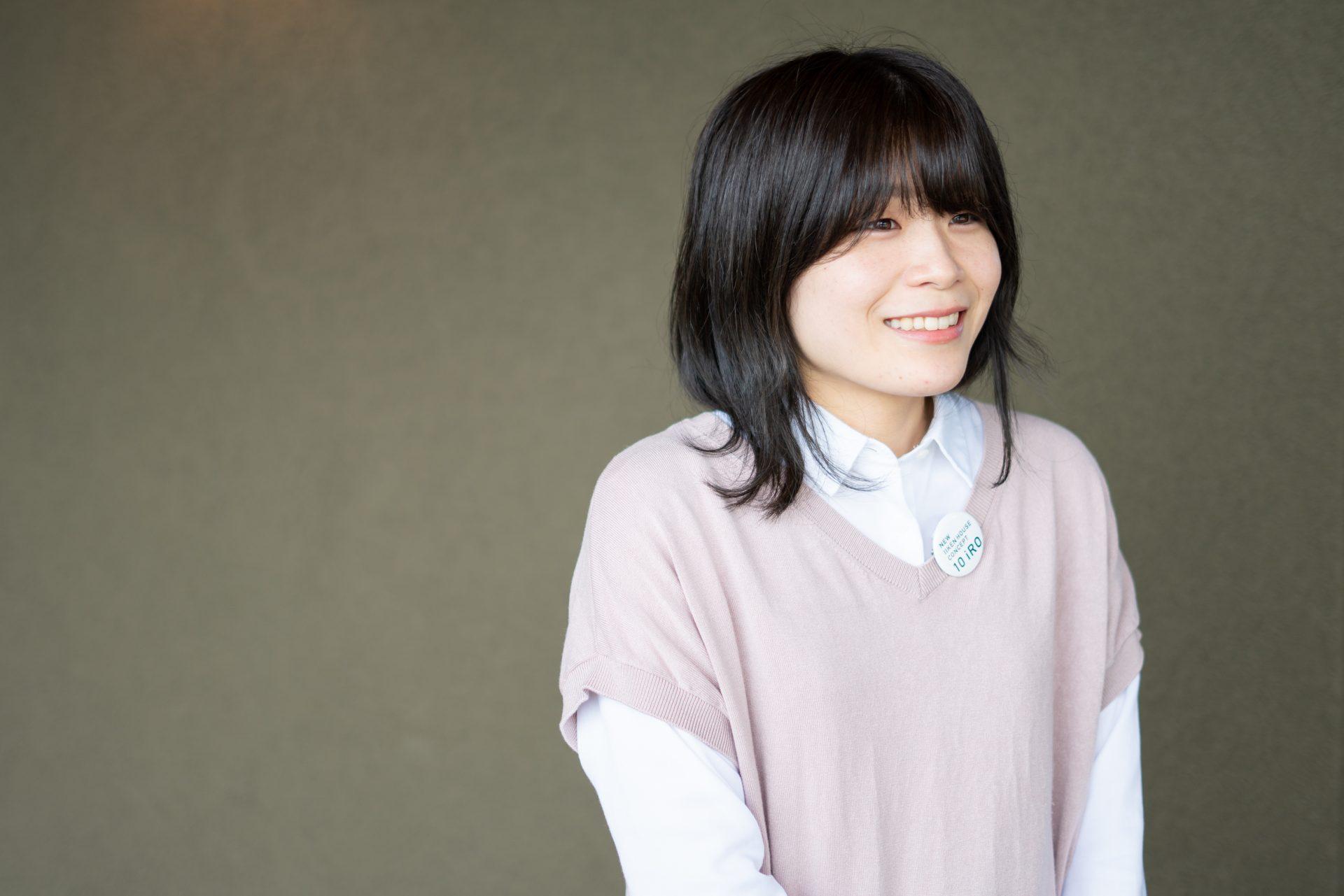 川田 奈々子